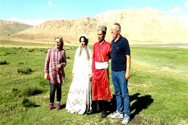 Nomad Tour in Zagros Mountains